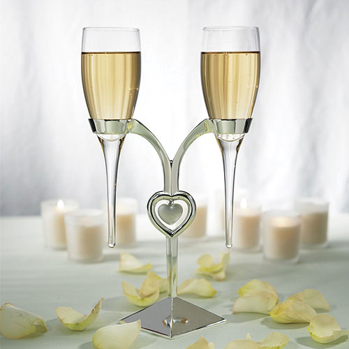 engraved wedding bride and groom champagne toasting flute glasses