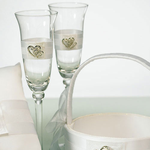 Classic Double Heart Cake Knife And Server Set Toasting Glass Flutes